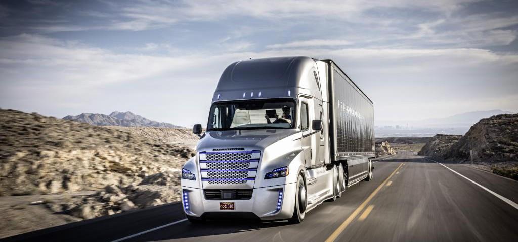 LKW-Transport-autonom-daimler-1024x480